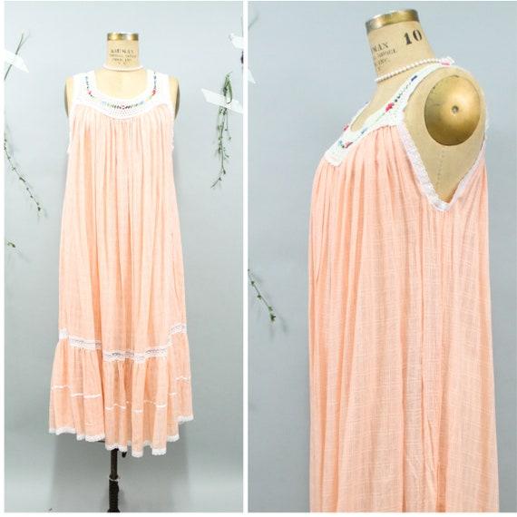 70's Peach Macrame Trapeze Dress