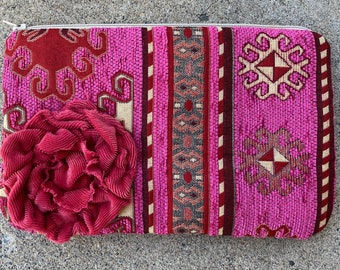 Pink Turkish tapestry clutch with pink applique flower zipper top bag