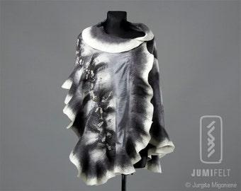 Felt Scarf - Wavy ruffled Shawl - Shiny Grey and White - Handmade wool and silk
