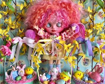 Blythe.. Big Easter Baskets.. Super Cute..Kawaii.. EASTER Bunnies.. Pixie Bunny...Ooak Easter Baskets.. Barbie.. American Girl Dolls..Pullip