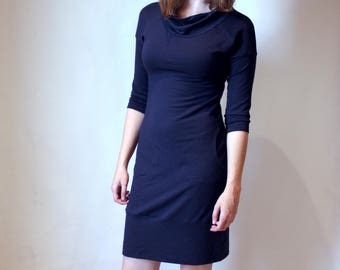 ready to ship / bamboo french terry pocketed turtleneck dress / by replicca / size medium / navy