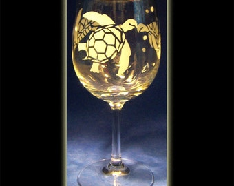 Hawaii Honu Sea Turtle Wine Glass