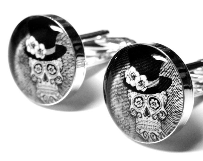 Wedding Skull Cufflinks, Fiance Gift, Day of the Dead, Sugar Skull, Personalized, Mens Accessories, Handmade Cufflinks, Grooms Gift
