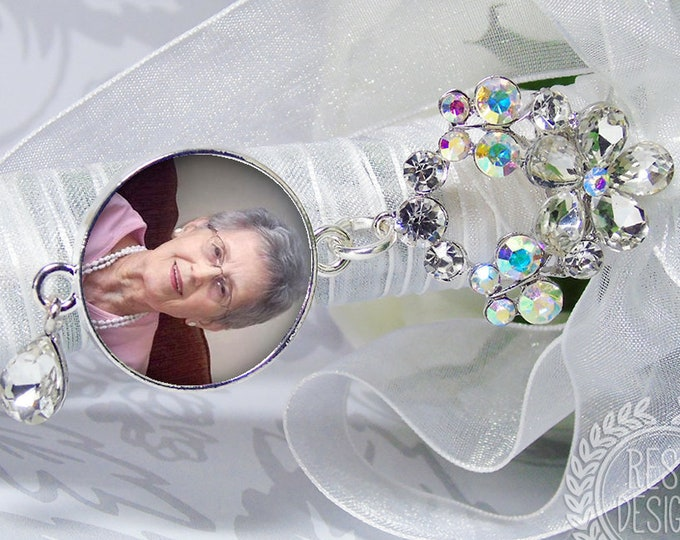 Wedding Bouquet Charm, Custom Photo Memory Charm, Personalized Memorial Bouquet Bridal Charm,  Wedding Brooch, Bridal Bouquet Pin