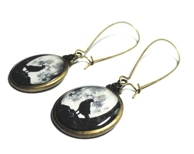 Raven and Moon Earrings, Black Dangle Earrings, Full Moon Jewelry, Resin, Halloween Jewelry, Night, Sky, Goth, Black Crow, Bird Jewelry