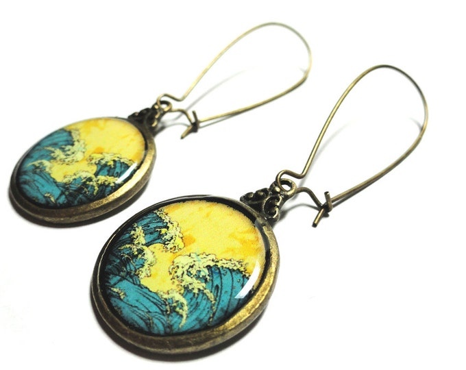 Great Wave Of Kanagawa Dangle Earrings, Resin Earrings, Beach Jewelry, Gift for Her, Handmade Earrings, Summer Accessories