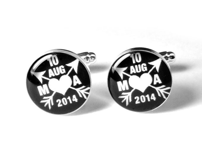Custom Date Wedding Cufflinks for the Groom, Personalized Fiance Cufflinks, Gift for Him, Anniversary Gift