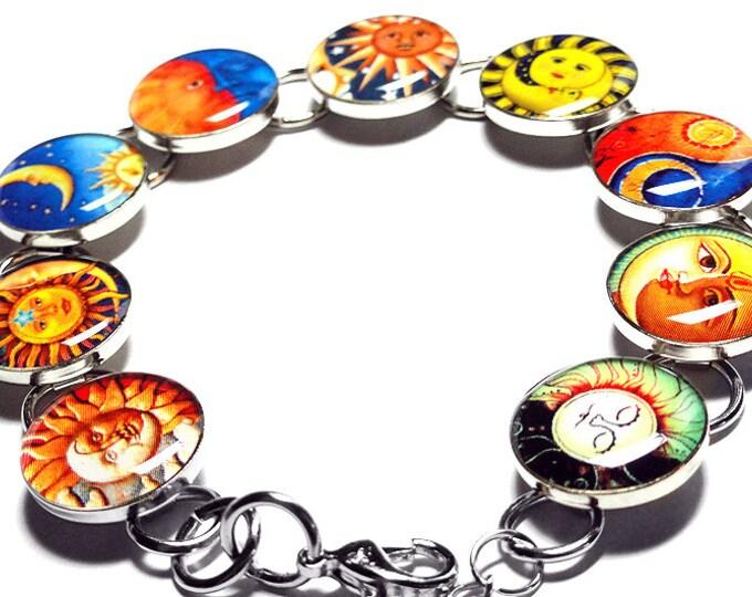 Sun and Moon Bracelet, Celestial Jewelry, Sun Moon Jewelry, Resin Bracelet, Handmade Bracelet, Resin Jewelry, Handmade, Yin and Yang Jewelry