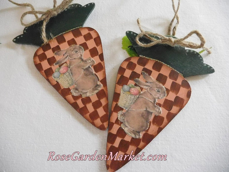 Set of Two Wood Carrots and Bunny Graphic Ornaments Hand image 0