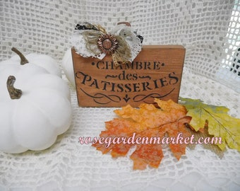 Shabby French Farmhouse Distressed Antiqued Pumpkin Patisseries Design, Messy Lace Ribbon Bow, Jute, Embellishment, Tiered Tray Shelf Sitter