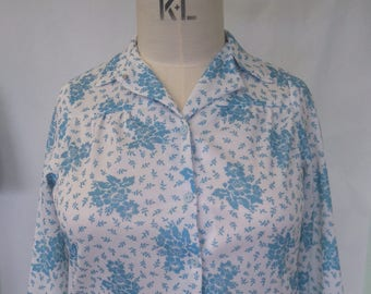 Vintage Size 18 Blue and White Print Shirt