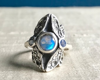 Labradorite and Sapphires- Three Stone Dragonfly Ring