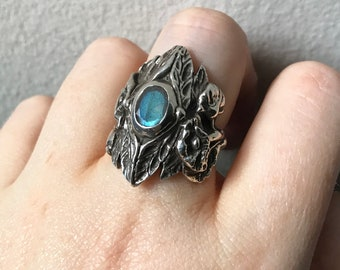 Labradorite and Sterling Silver- The Dragonfly Poppy Ring