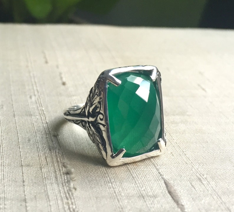Faceted Green Onyx and Sterling Dragonfly Ring image 0