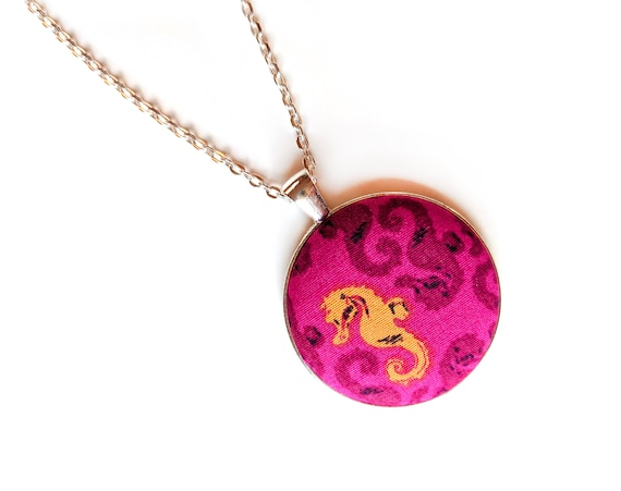 Seahorse handmade fabric necklace - pink fabric button necklace - Yellow seahorse on pink - Magenta necklace