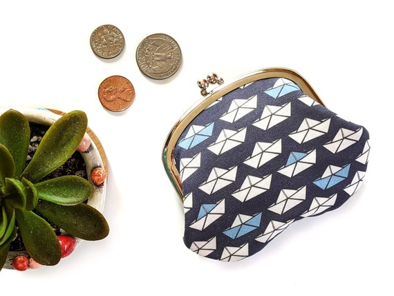 Paper boat coin purse - white and blue