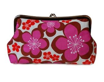 Purple floral clutch, Floral clutch purse, Purple clutch purse, Summer purse, Fabric clutch, Everyday bag, Red floral clutch, Metal Frame
