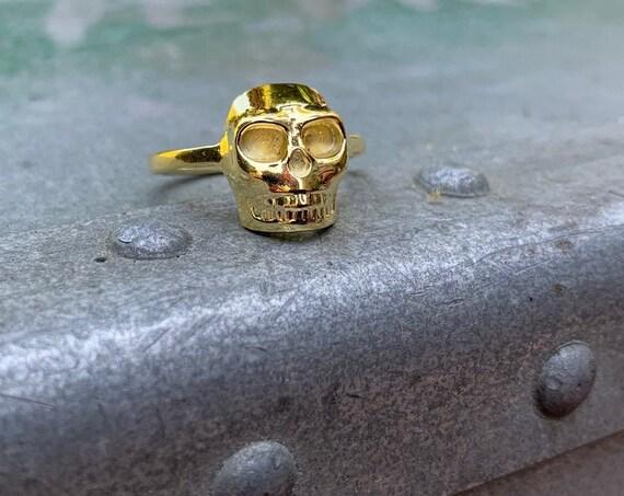 MR00 - Skull Ring