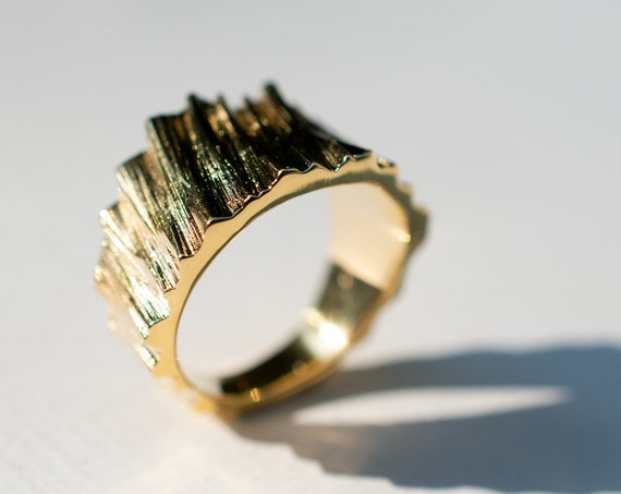 Treebark Wedge Ring