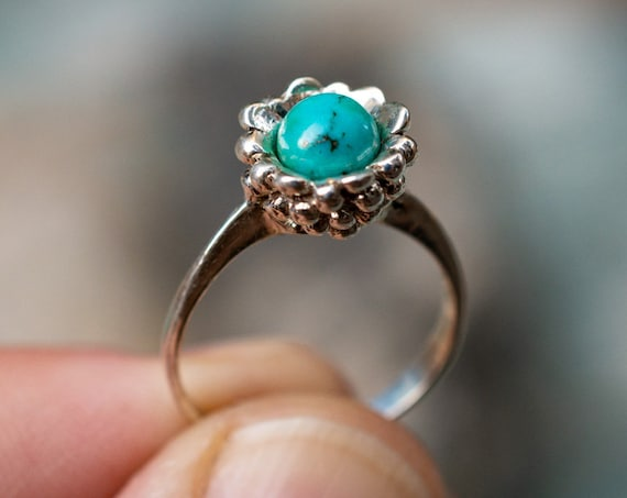 MR58 - Flowerstone Ring