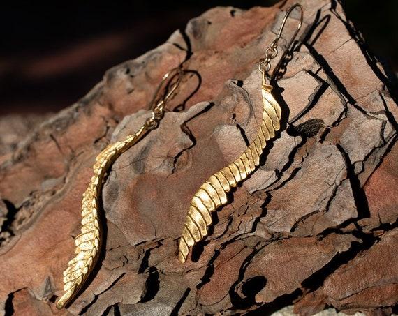 ME13 - Cuttlebone Feather Earrings