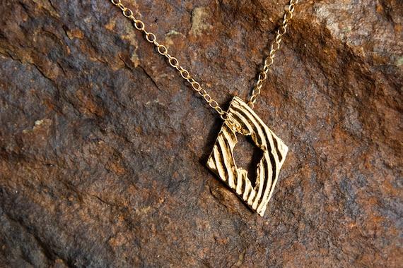 MP71 - Cuttlebone Diamond Necklace