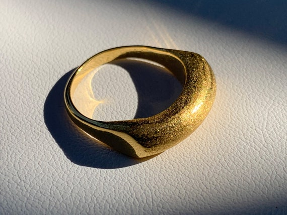 Swell Ring with half-matte finish