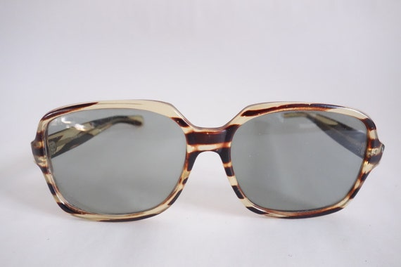 0974746a8d SALE Vintage 60s Sunglasses Orig Euro Summer Eyewear Tiger