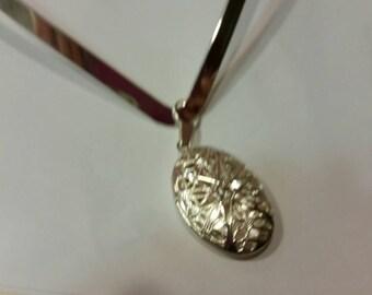 Modern, Shabby Chic, Trendy, Bo Ho, Statement Heavy Silver Collar, Beautiful Locket Pendant Necklace