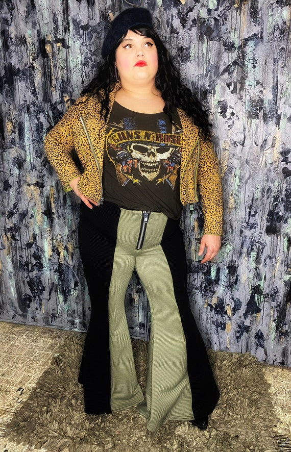 AntiLabel Two Toned High Waisted Bellbottom Pants 18