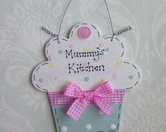 Personalised CUPCAKE sign ~ Bespoke Gift Present ~ Kitchen, Child's Bedroom ~ Choose Colours