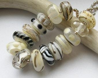 SA282 Burkina Faso Triple Snake Head Pendant 113X83 mm African Tribal Pendant Ethnic Jewelry Supplies