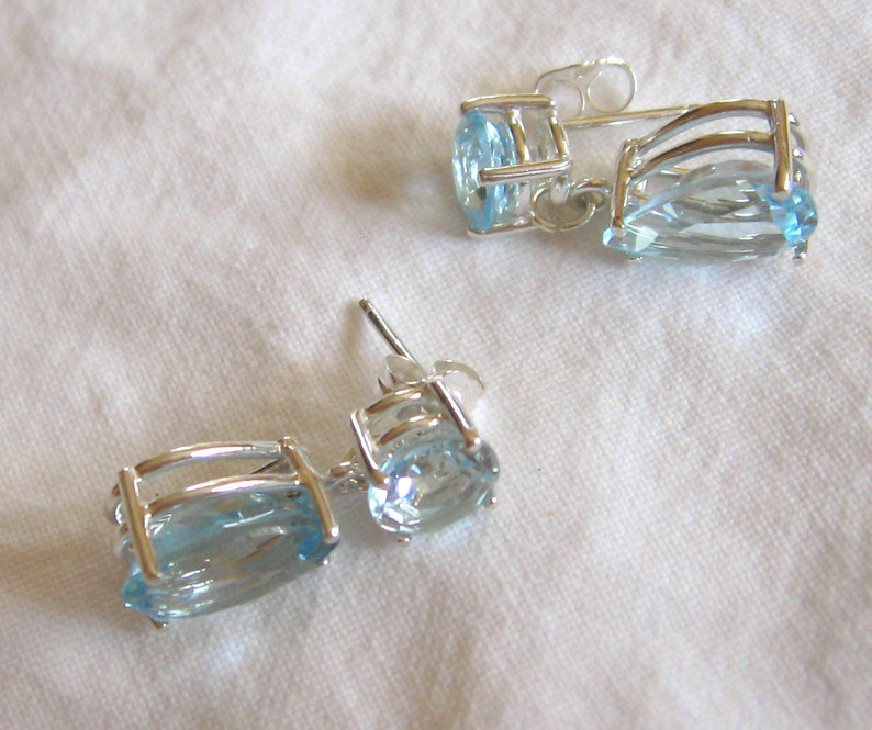 10.95 ctw multi stone swiss blue topaz dangle sterling silver post earrings