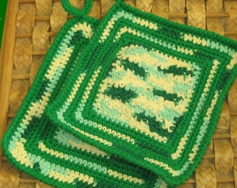 Greens Pot Holder Set of 2 - Crochet Art Kitchen Decor - Handmade Crochet Potholders - Rustic Decor - Eco Friendly - Greenery Decor