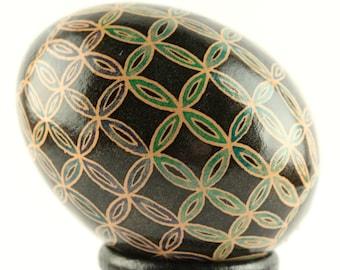 Double Wedding Ring Batik Art Egg | Easter Egg | Batik Chicken Egg