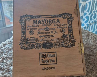 Vintage Triangular Mayorga Cigar box