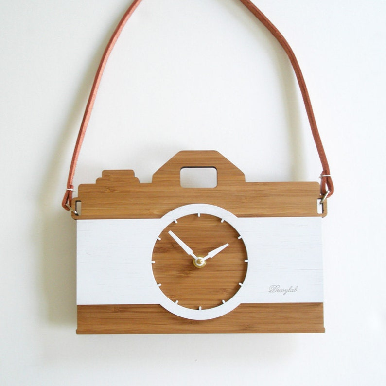 Camera clock with leather strap wall hanging clock  image 0