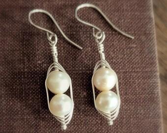 peas in a pod PEAPOD EARRINGS bridesmaid earrings sterling silver earrings pearl earrings pea pod jewelry pea pod earrings freshwater pearl