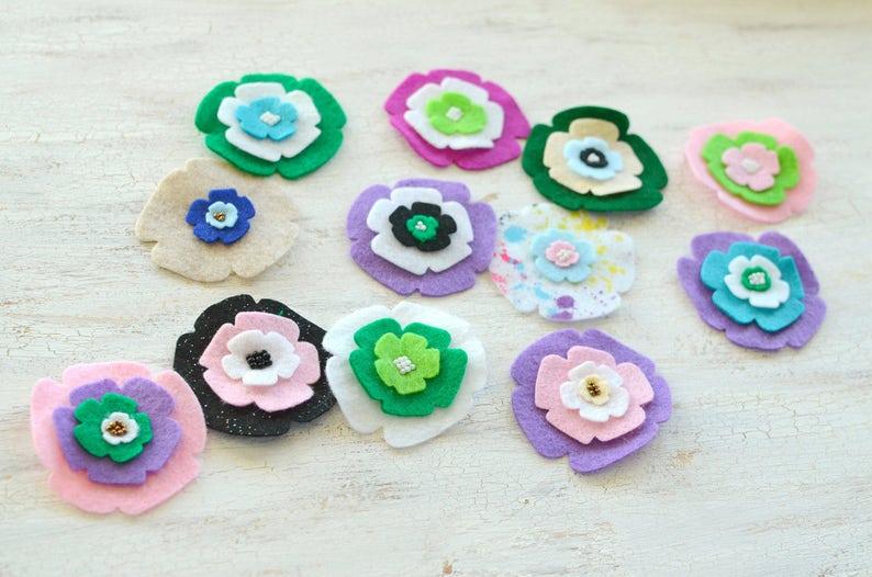Die cut flowers felt flower appliques felt appliques embellishments - GRAB BAG FLOWERS set 5 12pcs flower patches felt fabric flowers