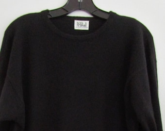 M Scottish CASHMERE Oversized Tunic Pullover Knit Sweater Black Slits N Peal Cuddly