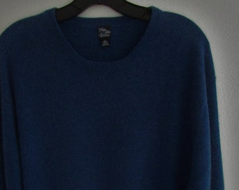 L Mens Saks CASHMERE Classic Crew Neck Pullover Sweater Denim Blue Heathered New York