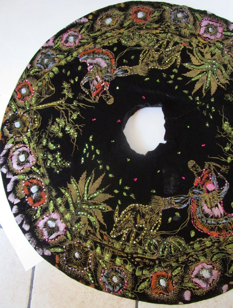 M Hand Painted Mexican Full Circle Skirt Vintage 1950s Black image 0