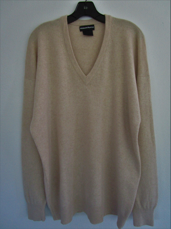 80s Sweatshirts, Sweaters, Vests | Women L Mens Thick Cashmere V Neck Pullover Sweater Khaki Tan Oatmeal $80.00 AT vintagedancer.com