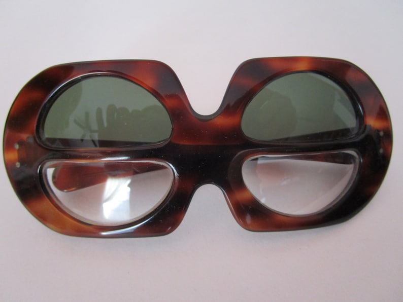 Thick Lucite Sunglasses Eyewear Lunettes 4 Lens Reversible image 0