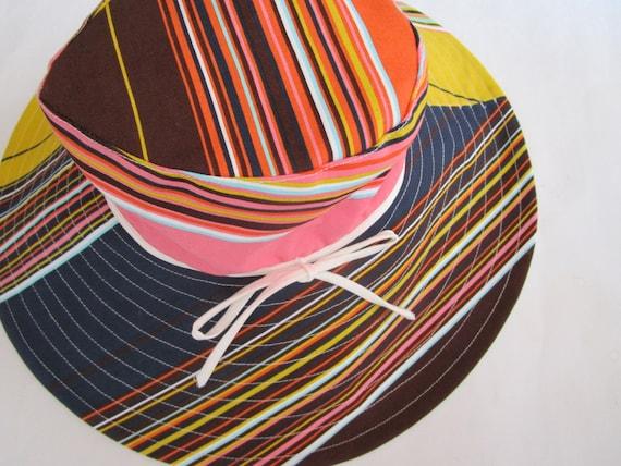 Trina Turk Floppy Multi Stripe Print Packable Wide