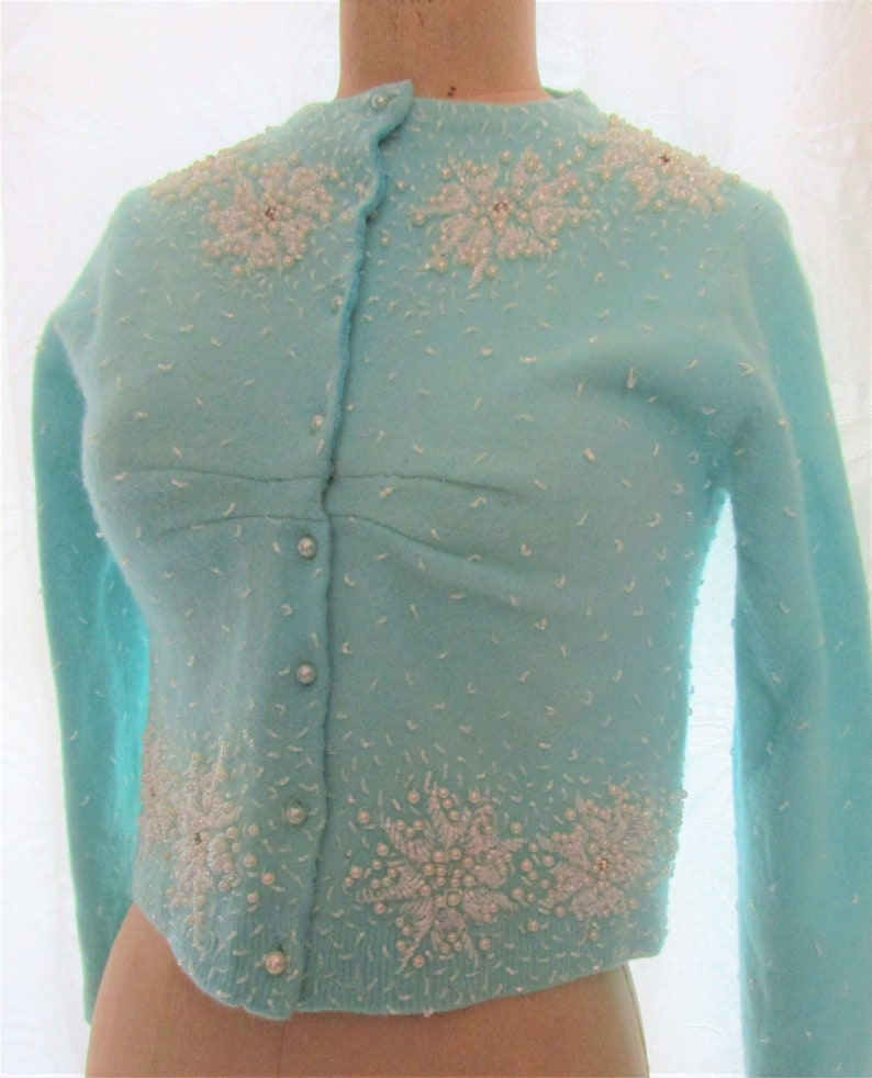 XS Pinup Beaded 1960s Cropped Cardigan Sweater Blue White image 0