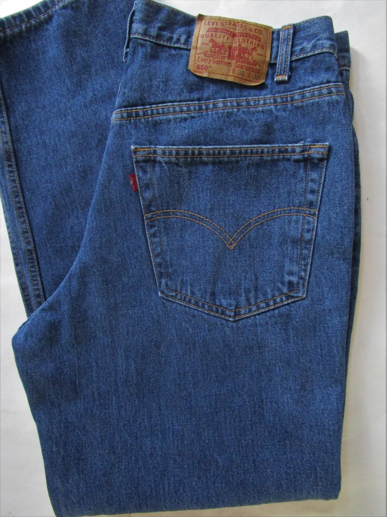 Mens 550 Levis Jeans 38 X 32 Dark Blue Denim Laundered Relaxed image 0