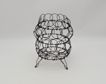 Vintage Black wire Collapsible egg basket, antique black wire folding basket, vintage French Country folding wire basket