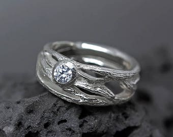 Unique engagement ring for women Unique ring tree twig ring silver Pagan wedding band Nature Elvish Fantasy Eternity promise pagan ring band