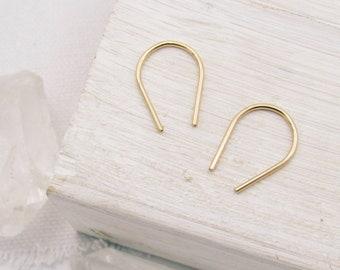 Gold Horseshoe Earrings / Gold Earrings Small / Gold Earrings / U Shaped Earrings / Simple Earrings / Modern Earrings / Small Earrings